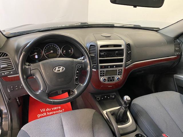 Hyundai Santa Fe 2,2 CRDi GLX 4WD 5d
