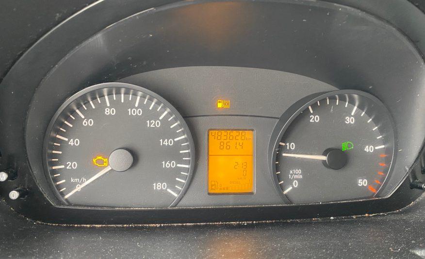 Mercedes Sprinter 216 2,2 CDi R2 Kassevogn 5d + MOMS